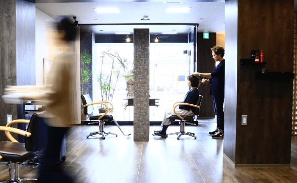 新卒中途美容師求人中の美容院